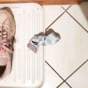 tausche Schuh gegen Socke